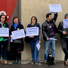 #insulin4all Demonstration Outside Sanofi in Paris